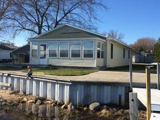 Onekama Michigan Vacation Rentals - Home