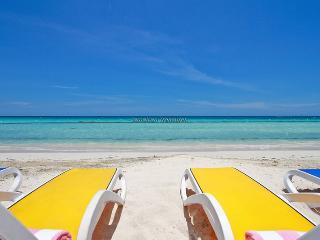 Negril Beach Villa, - 7 Mile beach 3BR