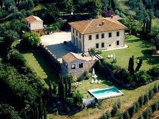 Vinci Italy Vacation Rentals - Home
