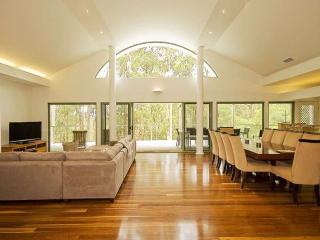 Booti Booti Australia Vacation Rentals - Home