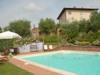 Lari Italy Vacation Rentals - Apartment