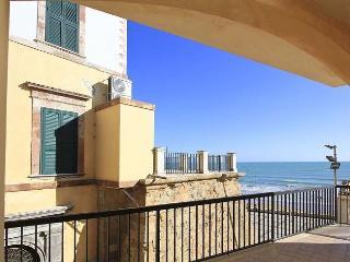 Marina di Ragusa Italy Vacation Rentals - Home
