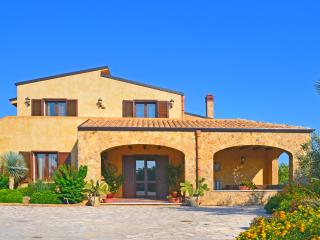 Gangi Italy Vacation Rentals - Home