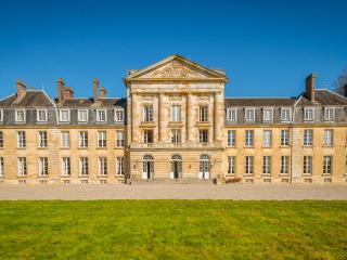 Fay France Vacation Rentals - Home