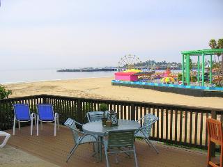 1110/Boardwalk Views *OCEAN VIEW* WALK TO BOARDWALK*