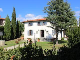 Vinci Italy Vacation Rentals - Home