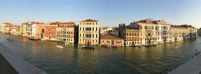 Large Palazzo on Grand Canal in Venice   - Canaletto