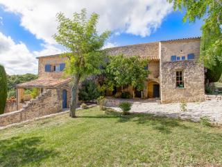 Saint-Michel-l'Observatoire France Vacation Rentals - Home