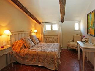 Villedieu France Vacation Rentals - Home
