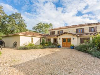 Montpon-Menesterol France Vacation Rentals - Home