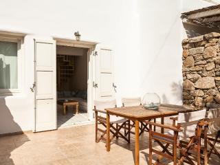 Ornos Greece Vacation Rentals - Home
