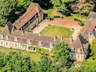 Cadouin France Vacation Rentals - Home