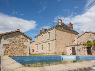 Villefranche-de-Lonchat France Vacation Rentals - Home