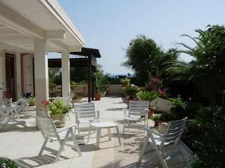 Cava d'Aliga Italy Vacation Rentals - Home