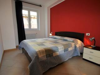 Vercana Italy Vacation Rentals - Home