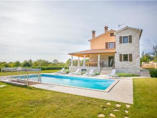 Kanfanar Croatia Vacation Rentals - Villa