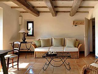 Lisciano Niccone Italy Vacation Rentals - Farmhouse / Barn