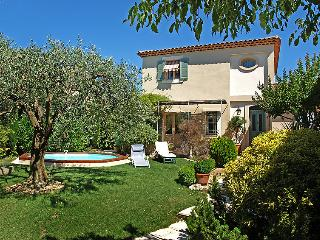 Carpentras France Vacation Rentals - Villa
