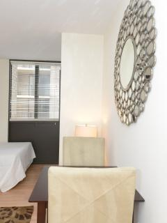 BEAUTIFULLY FURNISHED STUDIO APARTMENT IN BETHESDA