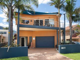 Thirroul Australia Vacation Rentals - Home