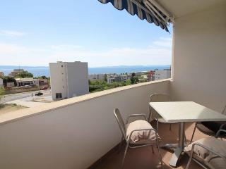 Two bedroom sea view family apartment in Split