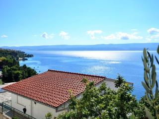 Omis Croatia Vacation Rentals - Apartment