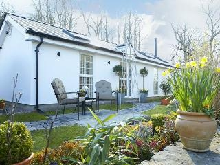 Pencoed Wales Vacation Rentals - Home
