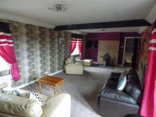 Bushton England Vacation Rentals - Home