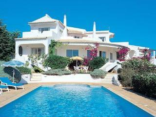 Patroves Portugal Vacation Rentals - Villa