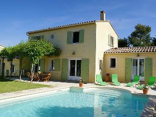 Lagnes France Vacation Rentals - Villa