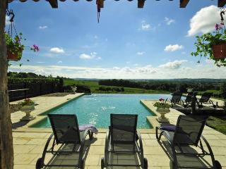 Saussignac France Vacation Rentals - Villa
