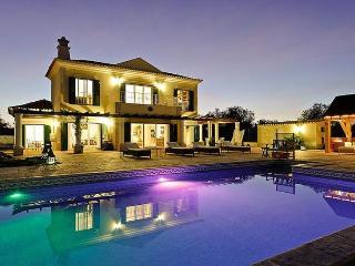 Fuzeta Portugal Vacation Rentals - Villa