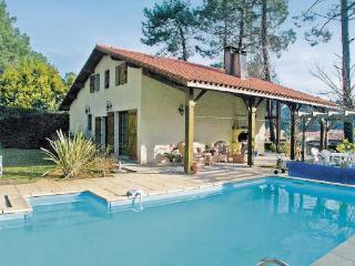 Messanges France Vacation Rentals - Villa