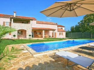 Prhati Croatia Vacation Rentals - Villa