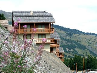 Vars France Vacation Rentals - Apartment