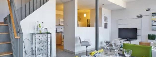 LOVELY AND SPACIOUS 2 BEDROOM, 1 BATHROOM APARTMENT