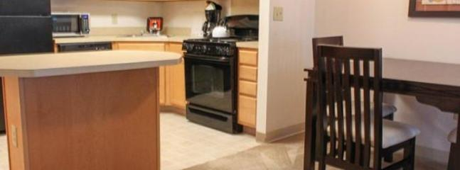 LOVELY AND SPACIOUS 1 BEDROOM, 1 BATHROOM APARTMENT