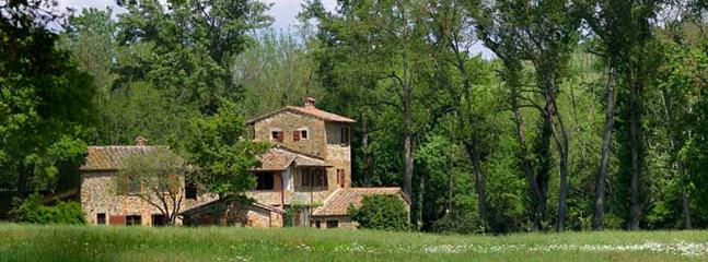 6 bedroom Villa in Sinalunga, Siena, Italy : ref 2259035