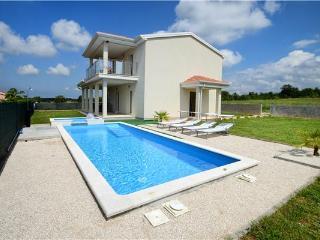 Zbandaj Croatia Vacation Rentals - Villa