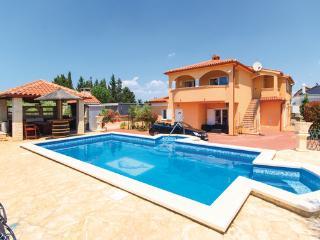 Stinjan Croatia Vacation Rentals - Villa