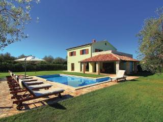 Peroj Croatia Vacation Rentals - Villa