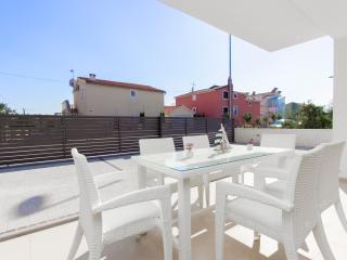 Vodice Croatia Vacation Rentals - Apartment