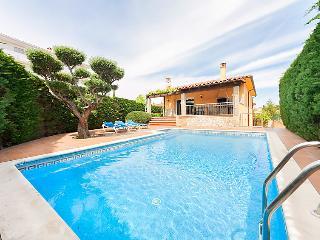 L'Escala Spain Vacation Rentals - Villa