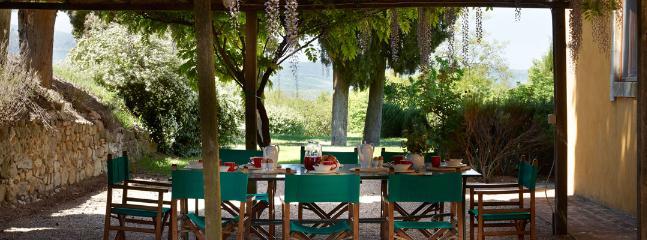 4 bedroom Villa in Chianciano Terme, Siena, Italy : ref 2259029