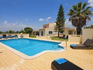Carvoeiro Portugal Vacation Rentals - Villa
