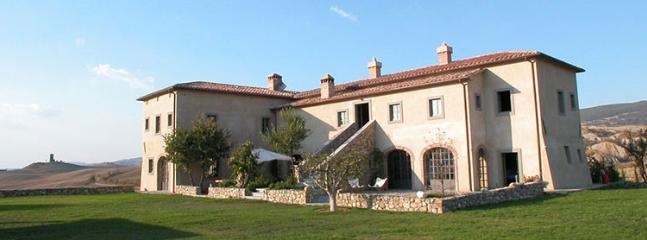 8 bedroom Villa in Chianciano Terme, Siena, Italy : ref 2307822