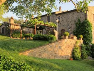 Acquapendente Italy Vacation Rentals - Farmhouse / Barn