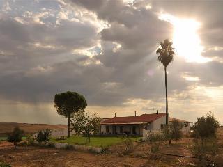 Fuente de Cantos Spain Vacation Rentals - Home