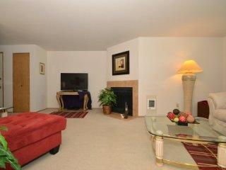 Everett Washington Vacation Rentals - Apartment