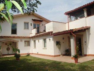 Pineto Italy Vacation Rentals - Villa